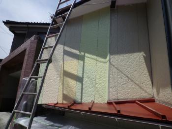 7月28日 外壁リフォームのサンプル色塗り(北九州市戸畑区)