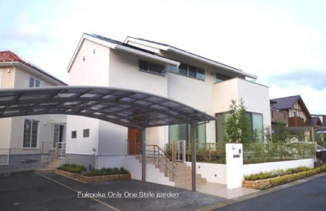 半オープンスタイル外構(福岡市内施工事例)©八重洲技建